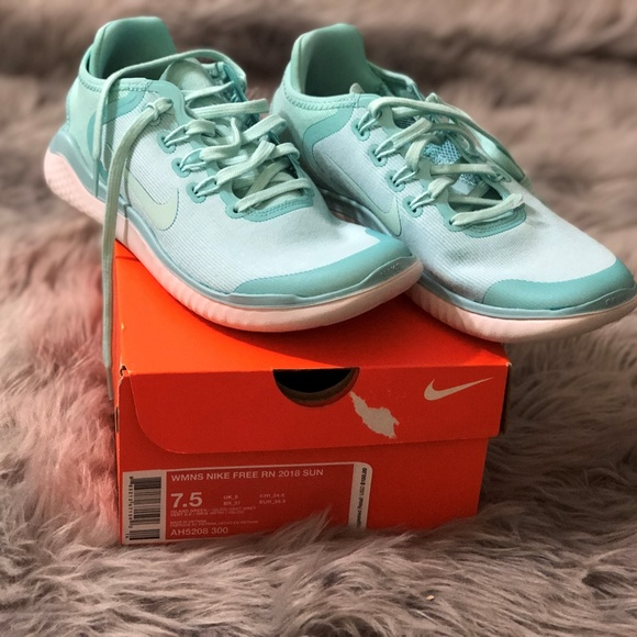 a786edeacc73c Women s Nike Free RN 2018 Running Shoes